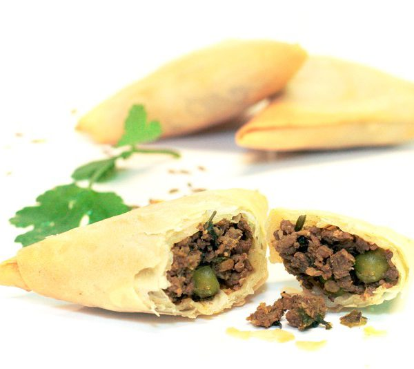 Halal Economy Lamb Samosas – UK Frozen Food