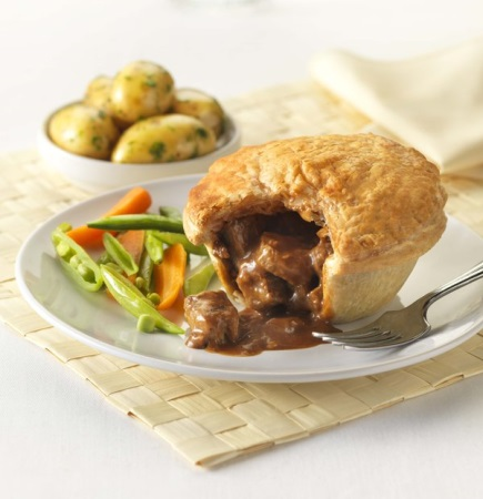 Quorn Meat Free Steak Style & Gravy Pie - UK Frozen Food